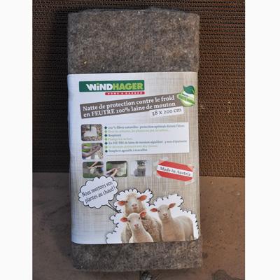 Feutre de laine, protection de plante pour hivernage